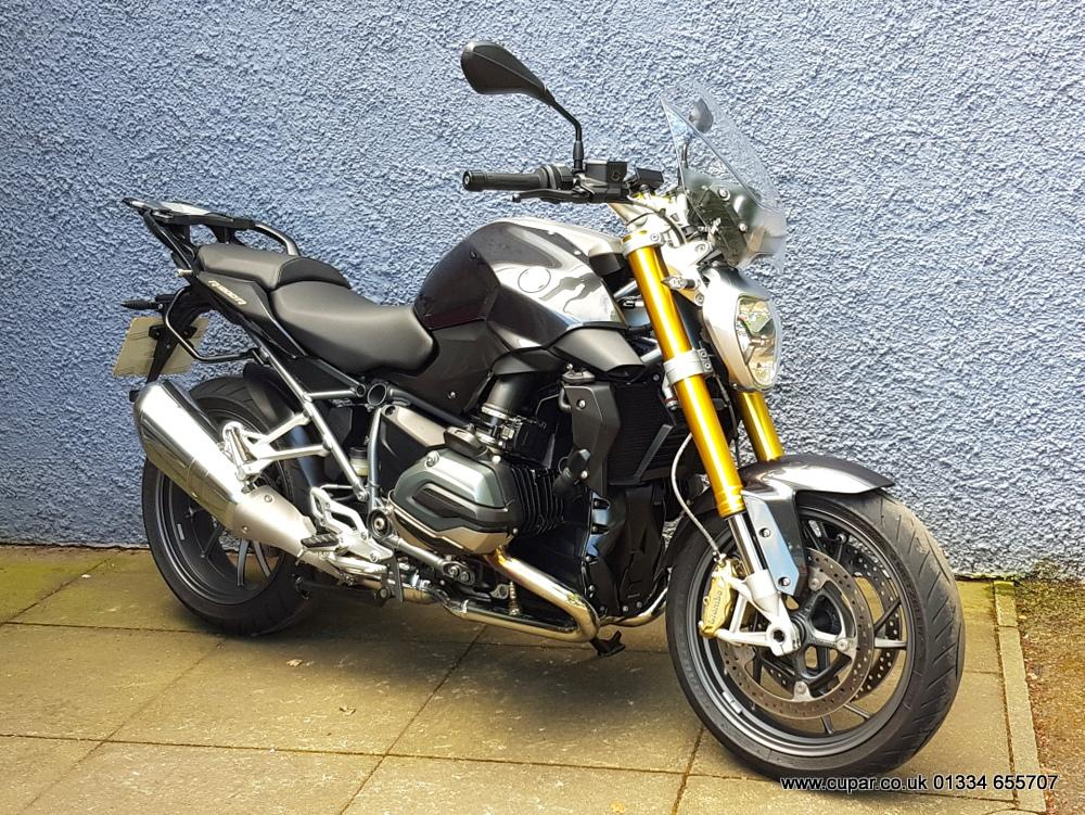 R1200R Exclusive