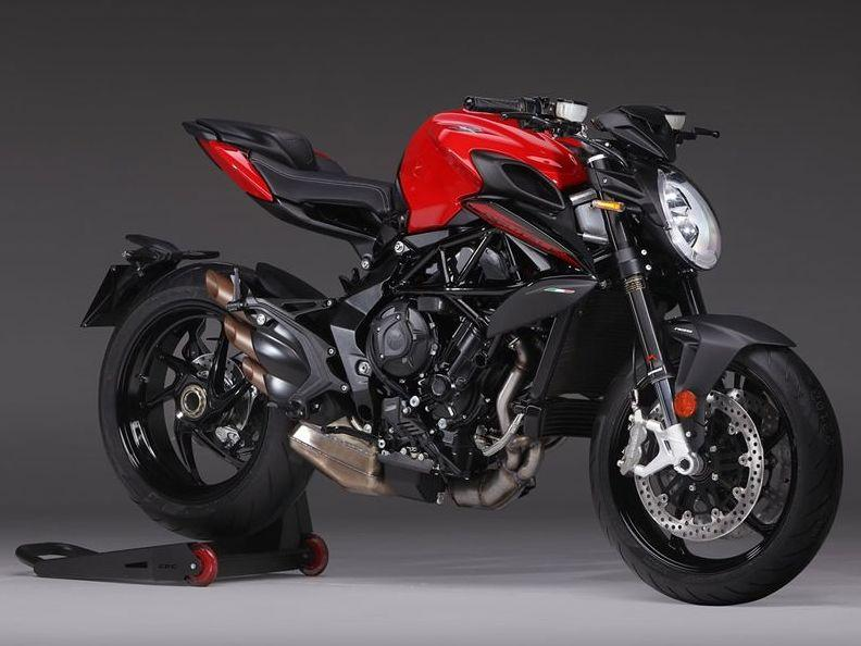 BRUTALE 800 - Rosso